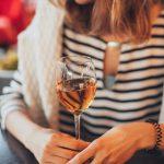 Hoe werkt een wijnkoelkast?